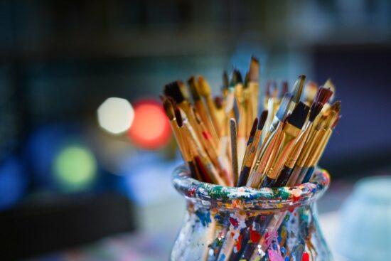 Nadaj więcej barw swojemu życiu – znajdź pasje!